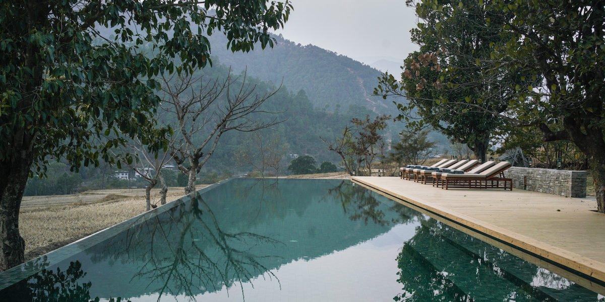 Amankora, Punakham Swimming pool overlooking the valley