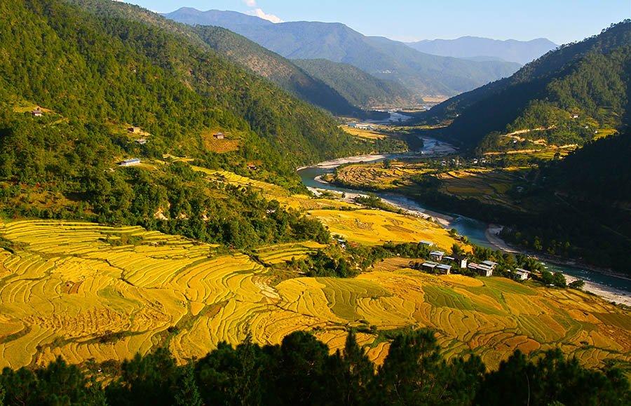 Landscape of Bhutan Tour Thumbnail