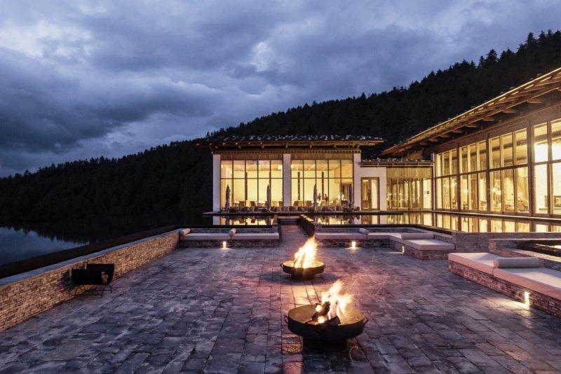 Six Senses, Thimphu Lodge, Courtyard night