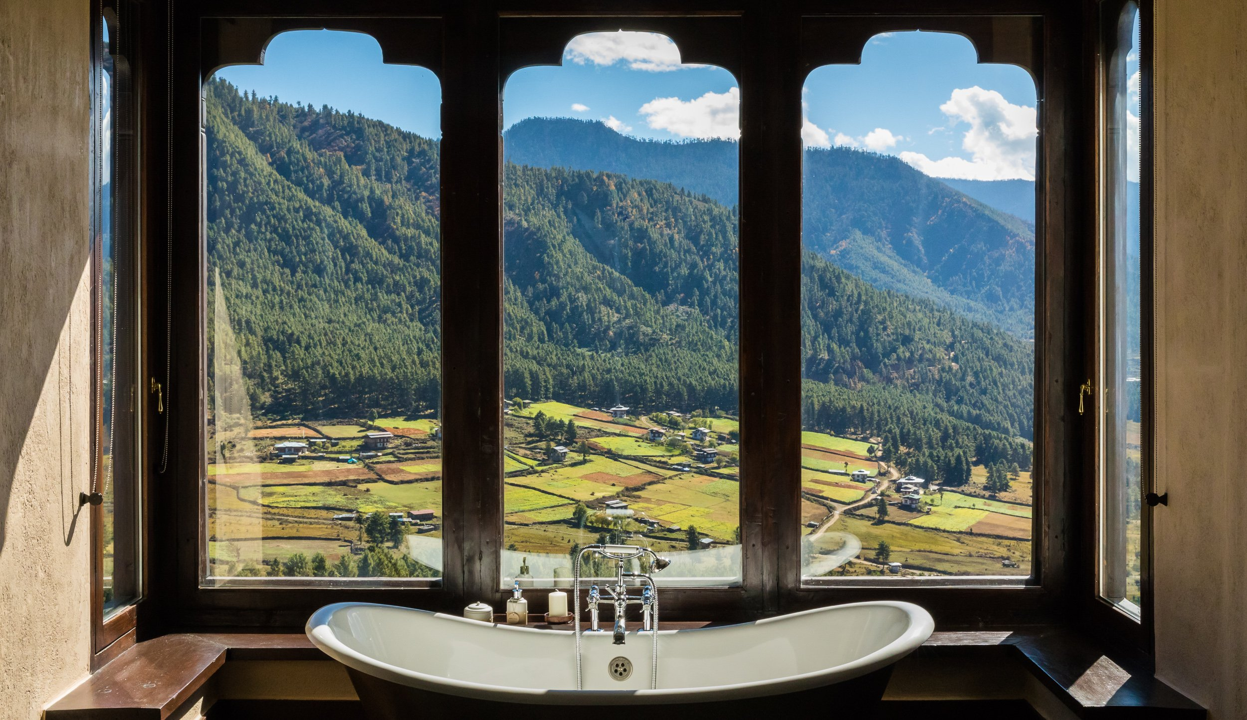 Gangtey Lodge, in room bath